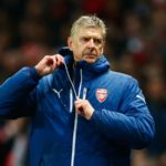 Arsene Wenger's Battle To His Coat Zipper Throughout The Years