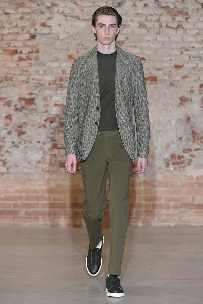 The 10 Best Trends of Men's Outfits from Milan Fashion Week SS 19-5