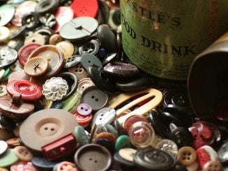 The History and Prospect of Chinese Button Industry