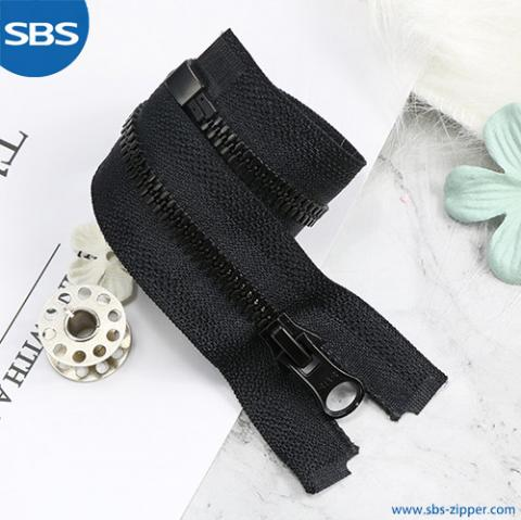 Plastic Zipper With Imitating Metal Teeth F