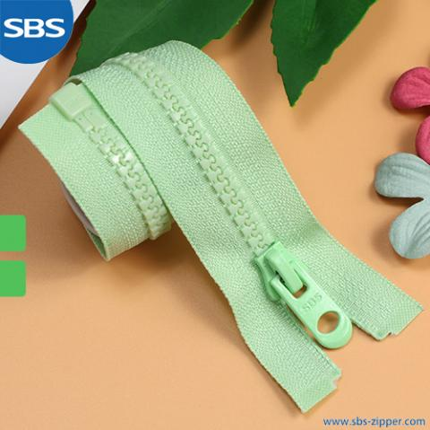 Recycled Plastic Zipper